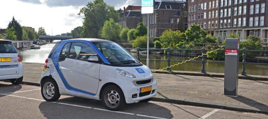 Auto a benzina e diesel fuori da Amsterdam entro il 2030