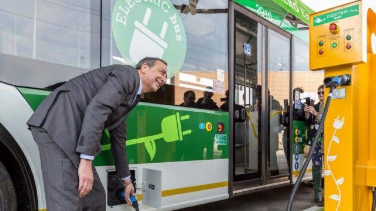 Legambiente: idee per aumentare l'uso di auto elettriche