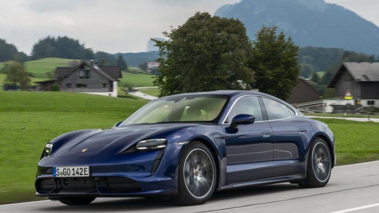 Il test drive della nuovissima Porsche Taycan