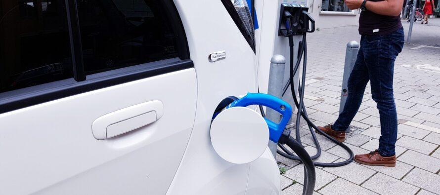 Il Recovery Plan e il rapporto con l'auto elettrica