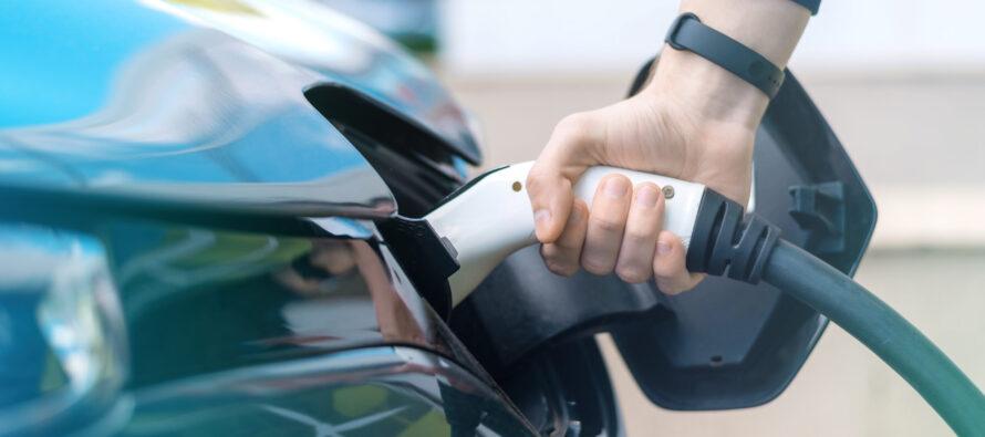 La garanzia lunga per la batteria dell'auto elettrica